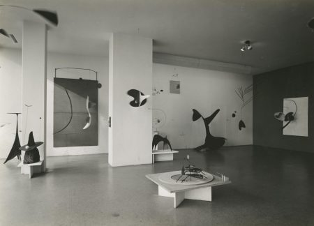 Alexander Calder: Sculptures and Constructions (1943)